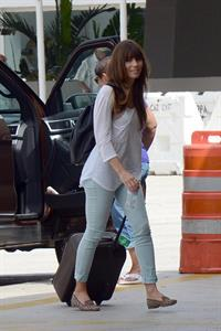 Jessica Biel saying goodbye to her bodyguard in Puerto Rico August 11, 2012
