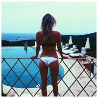 Tess Jantschek in a bikini - ass