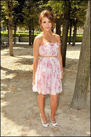 Jessica Alba at Christian Dior show during Paris fashion week 5-7-2010