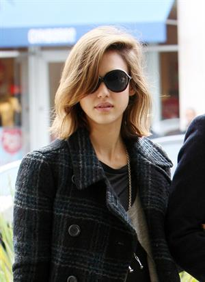 Jessica Alba out for breakfast in Beverly Hills on December 26