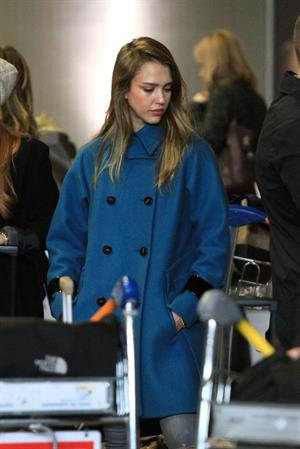 Jessica Alba arrives at Charles de Gaulle Airport in Paris 3/1/13