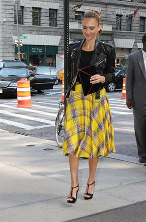 Jessica Alba - Arrives at her hotel in NYC - September 13, 2012
