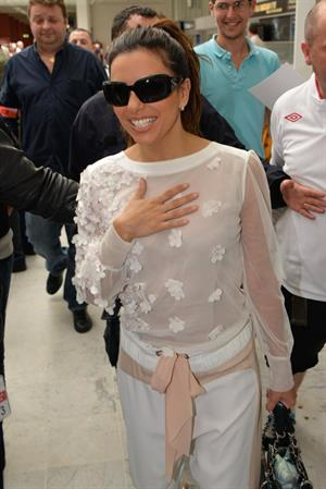 Eva Longoria - Arrives in Cannes (16.05.2013)