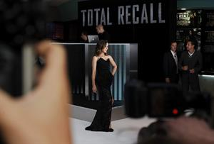 Kate Beckinsale - London premiere of 'Total Recall' August 16 2012