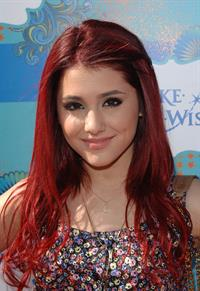 Ariana Grande Kevin James and Steffiana James host a Make a Wish event March 14, 2010