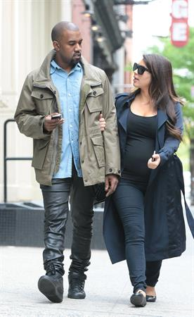 Kim Kardashian Takes an early morning stroll with Kanye West in SoHo (May 6, 2013)