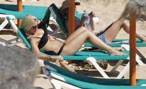 Alex Curran - Bikini candids spain - June 15, 2011