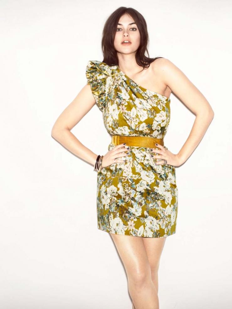 Supermodel Myla Dalbesio   Body Measurements