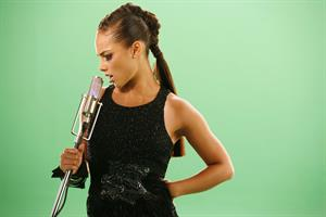 Alicia Keys - Another Way to Die photoshoot