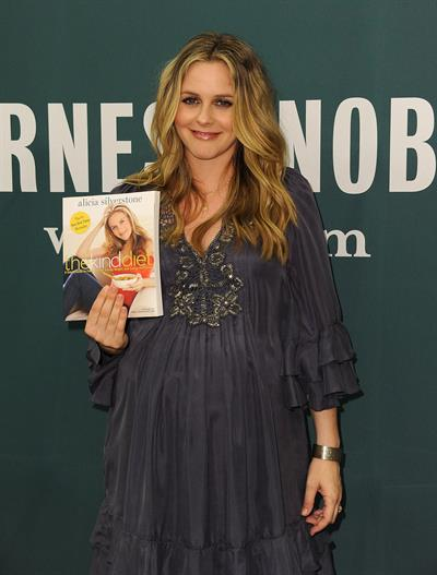 Alicia Silverstone book signing at Barnes and Noble in Los Angeles on March 15, 2011