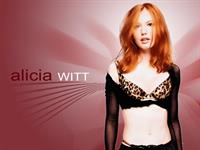 Alicia Witt in lingerie