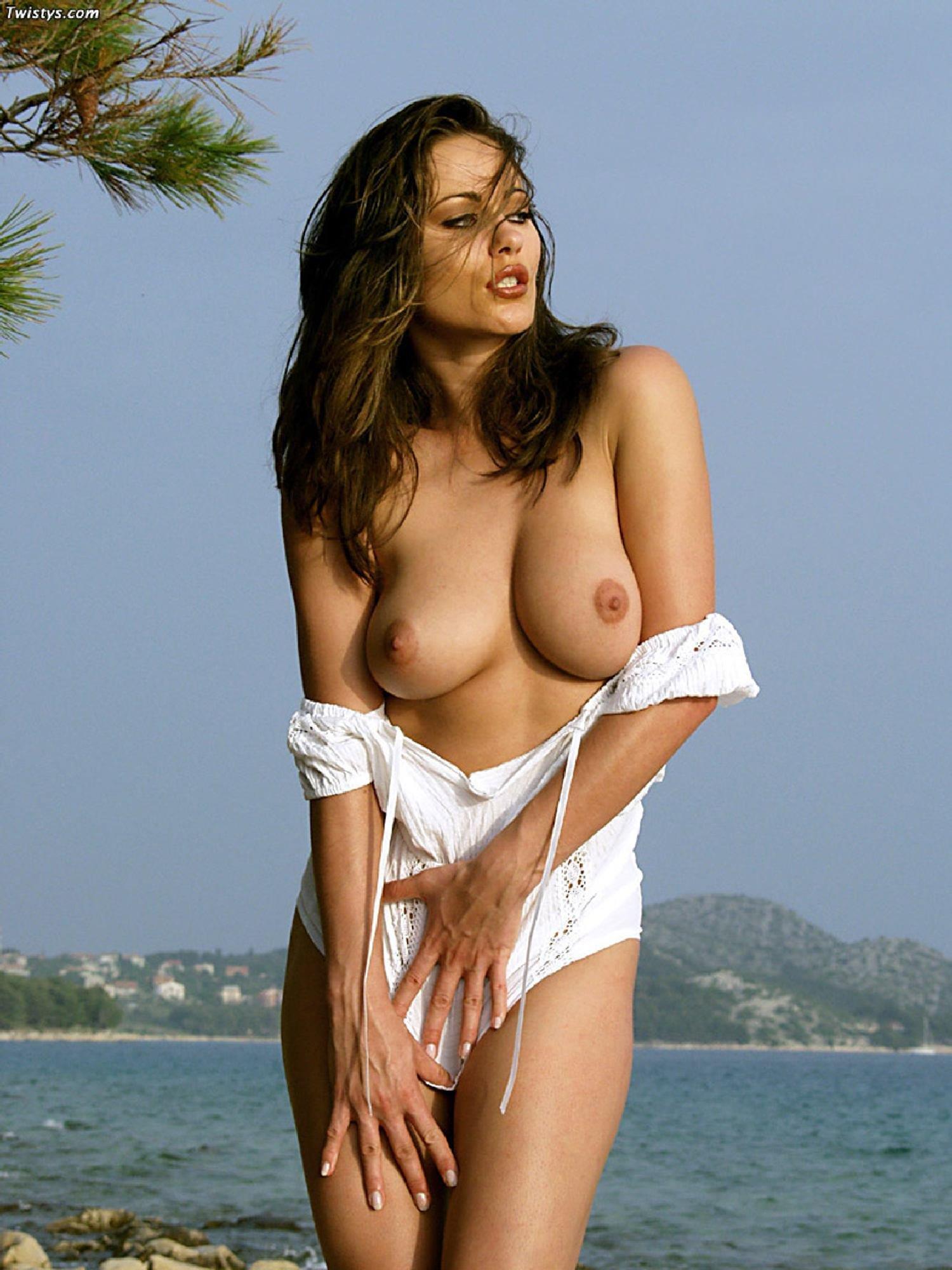 Teen girl madeline cole nude amature