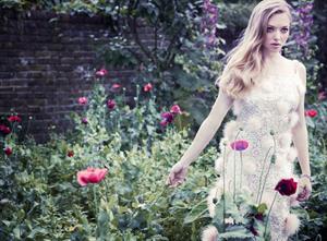 Amanda Seyfried - By Simon Emmet For Vanity Fair December 2012