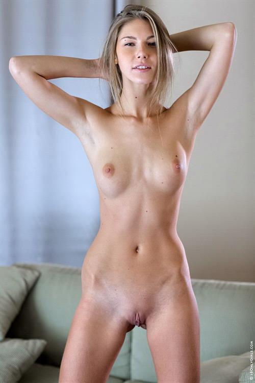 Anjelica porno