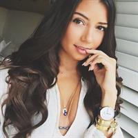 Cristine Prosperi taking a selfie