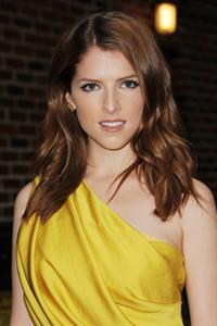Anna Kendrick Outside 'Late Show with David Letterman' - Oct 4, 2012