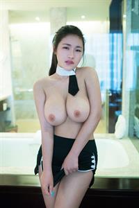Lian Xin - breasts
