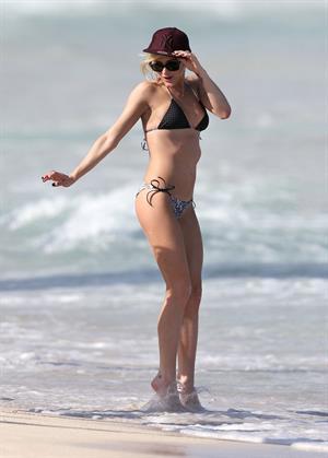 Ashlee Simpson bikini at beach in Hawaii 12/29/12