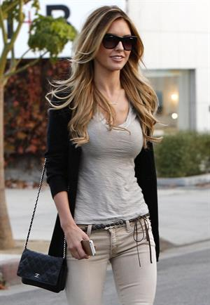 Audrina Patridge Leaving Andy LeCompte Salon in Beverly Hills (November 7, 2013)