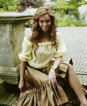 Beyonce Knowles - Lorenzo Agius Photoshoot 2005