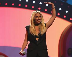 Britney Spears – iHeartRadio Music Festival 9/21/13