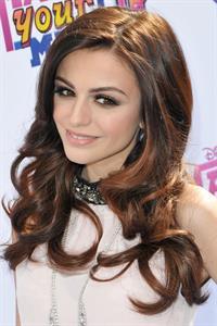 Cher Lloyd Make Your Mark Shake It Up Dance Off 2012 LA 10/06/2012