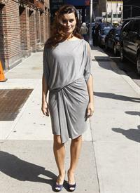 Cote De Pablo outside the Ed Sullivan Theater for Letterman on April 25, 2011