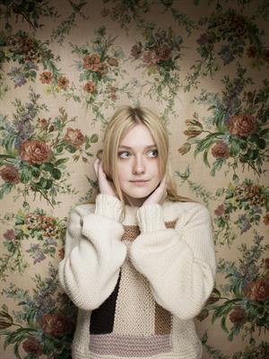 Dakota Fanning 2013 'Very Good Girl' Sundance Photocall Victoria Will Photoshoot