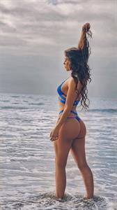Jillisa Lynn in a bikini - ass
