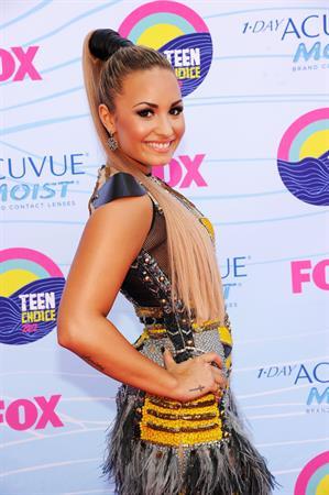 Demi Lovato - 2012 Teen Choice Awards in Universal City (July 22, 2012)