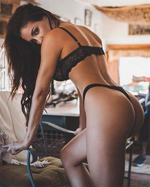 Jaclyn Swedberg Is One Pretty Piece
