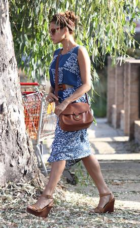 Eva Mendes - Running errands in West Hollywood - August 21, 2012
