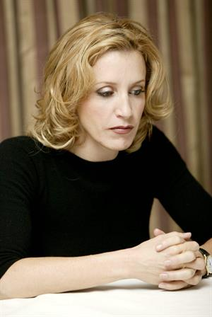 Felicity Huffman Yoram Kahana Portraits 2004