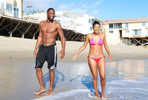 Gabrielle Union Enjoys a beach outing (September 21, 2013)