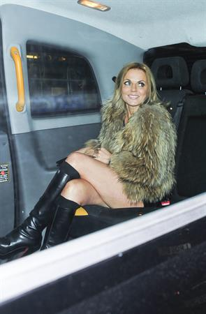 Geri Halliwell Leaves a Restaurant in London - November 8, 2012