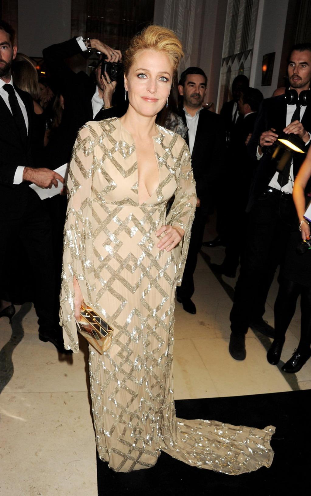 Gillian Anderson  Harper's Bazaar Women of the Year Awards in London - October 31, 2012
