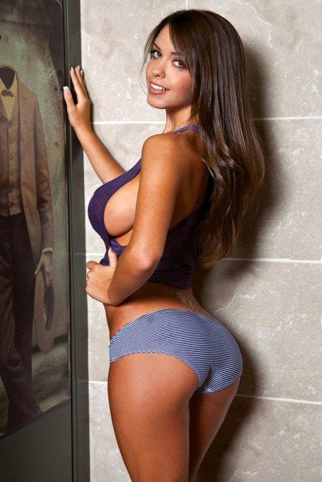 Jenn Kaelin in lingerie