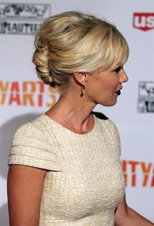 Jennie Garth Inner-City Arts Gala (Oct 17, 2012)
