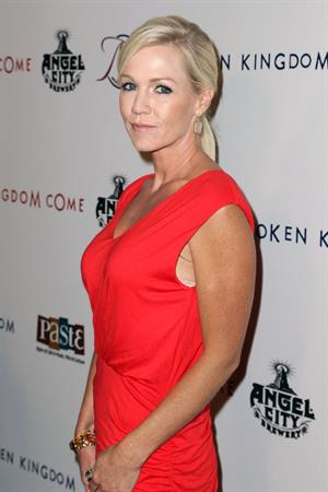 Jennie Garth  Kingdom Come  - Los Angeles Premiere (Oct 2, 2012)