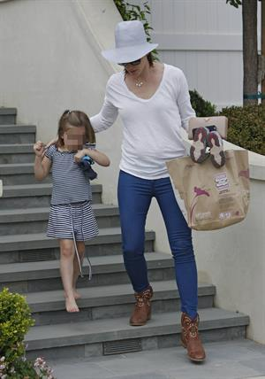 Jennifer Garner Takes daughter Seraphina Affleck to private party in Brentwood (April 28, 2013)