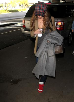 Jennifer Love Hewitt At LAX Airport December 29, 2012