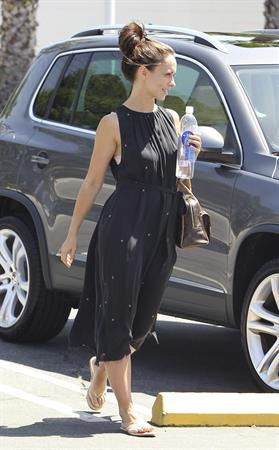 Jennifer Love Hewitt - out to lunch in Studio City June 7, 2012