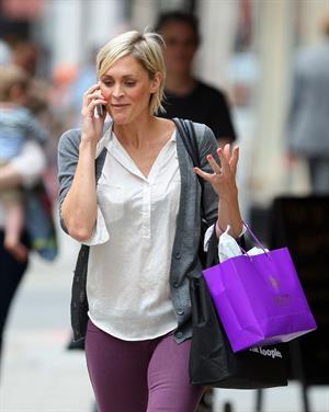 Jenni Falconer on her phone in London - July 17, 2012