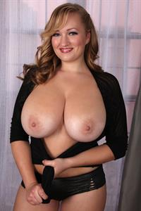 Sara Willis - breasts