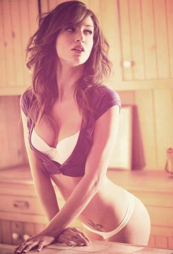 Malena Morgan in lingerie