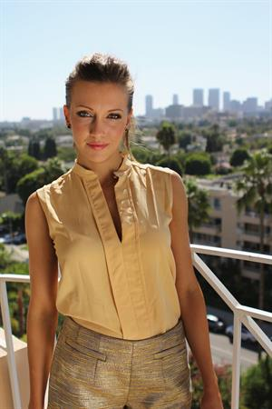 Katie Cassidy - Visits the Young Hollywood Studio (Sep 19, 2012)