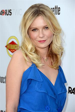 Kirsten Dunst - Los Angeles Premiere of Bachelorette Aug 23, 2012