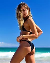 Karri Nicholas in a bikini - ass