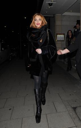 Lindsay Lohan Outside China Tang restaurant in London - Jan 4, 2013