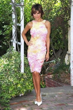 Lisa Rinna Photographed in Beverly Hills (June 4, 2013)